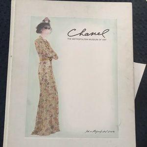 Chanel: The Metropolitan Museum Of Art Book